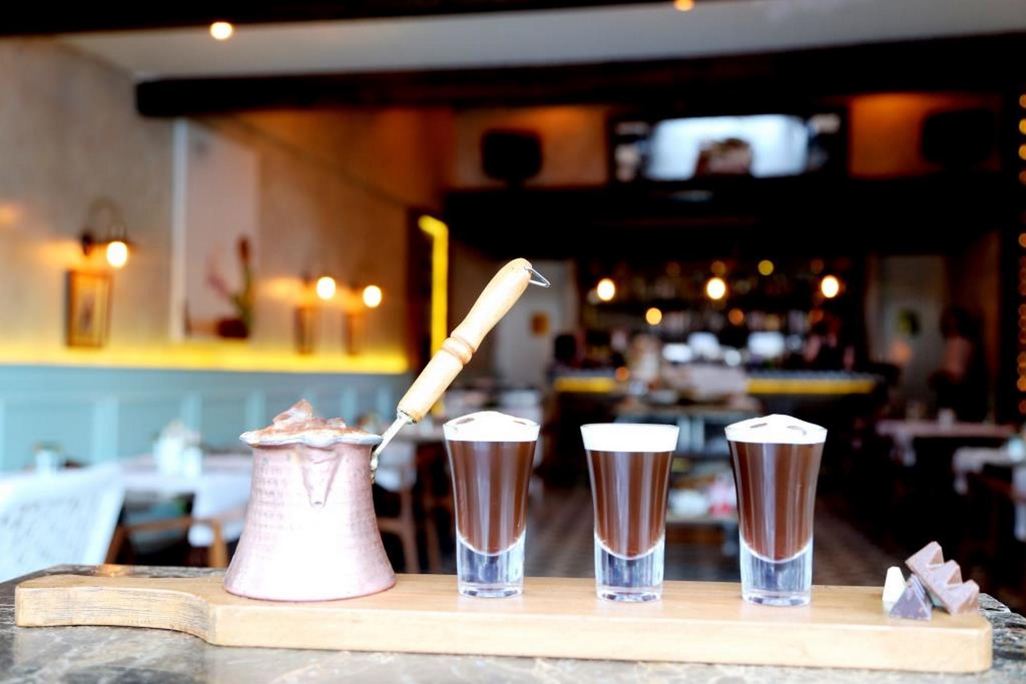 sircacis14 george clooney, sırçacı 14 yeniköy, yeniköy mekanları, istanbul'da kahvaltı mekanları, en iyi kahvaltı, en iyi kokteyl, istanbul'da nerede ne yenir, en iyi yeme içme, yeniköy, george clooney istanbul'da