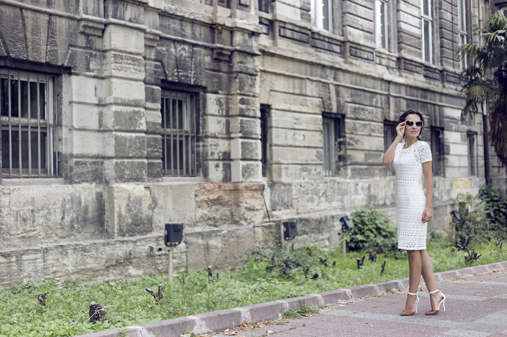 stefanel, örme elbise modelleri, makrame, makrame elbise, beyaz örgü elbise, turkuaz optik, tom ford güneş gözlüğü modelleri, tom ford, güneş gözlüğü, beyaz güneş gözlüğü modelleri
