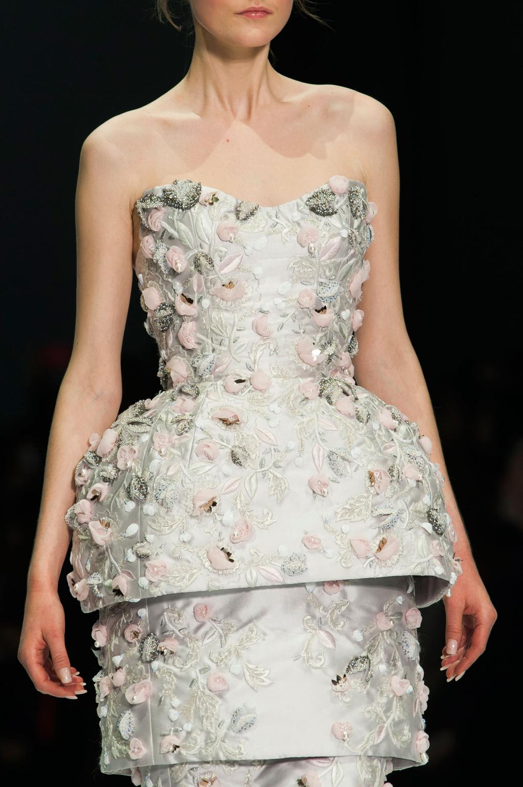 detail-defile-ralph-amp-russo-printemps-ete-2015-paris-detail-29