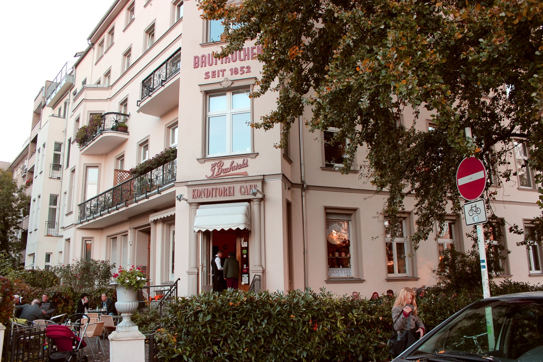 2 berlin cafe buchwald 01