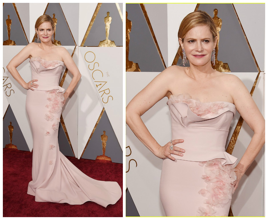 Jennifer Jason Leigh - marchesa