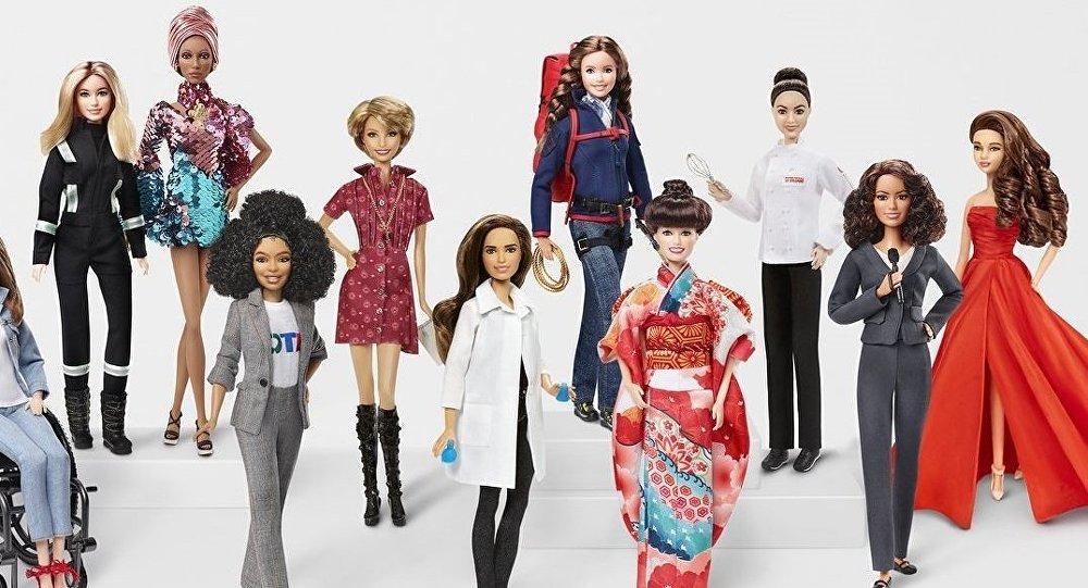 01 Barbie 60. Yıl Shero serisi