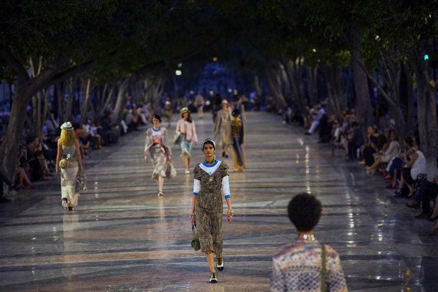 Küba-Havana Büyük Meydan'da Chanel 2017 Cruise defilesi