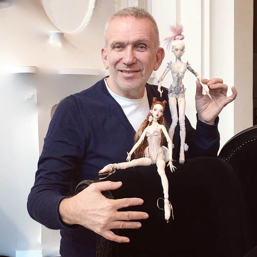 Moda tasarımcısı Jean Paul Gaultier Popovy bebekleriyle