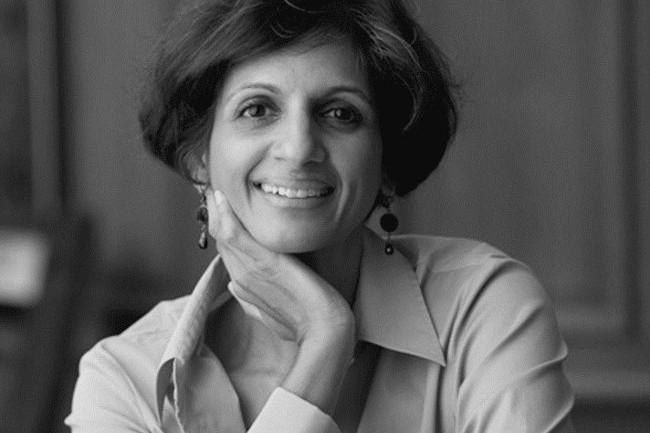 07 Lüks Kering grubu Kalpana Bagamane Denzel'i yeni Çeşitlilik ve Kapsayıcılık Direktörü olarak açıkladı